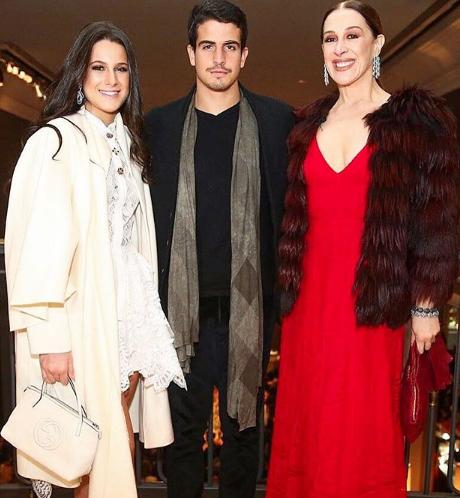 Claudia Raia com seus filhos Sophia e Enzo (Foto: Reprodução Instagram)
