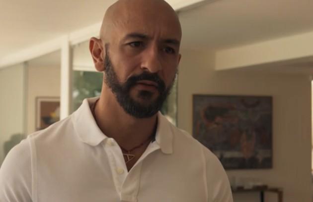 Álvaro (Irandhir Santos) se envolverá em mais um crime: ele estará por trás do sequestro de Sandro (Humberto Carrão) (Foto: TV Globo)