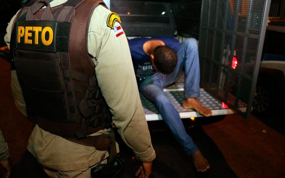 Suspeito de esfaquear mulheres travestis na Pituba é preso (Foto: Alberto Maraux/SSP-BA)
