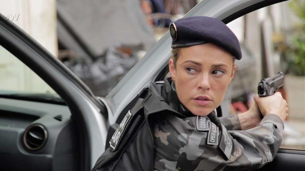 Jeiza, personagem da novela A Força do Querer, é interpretada pela atriz Paolla Oliveira (Foto: Gshow)