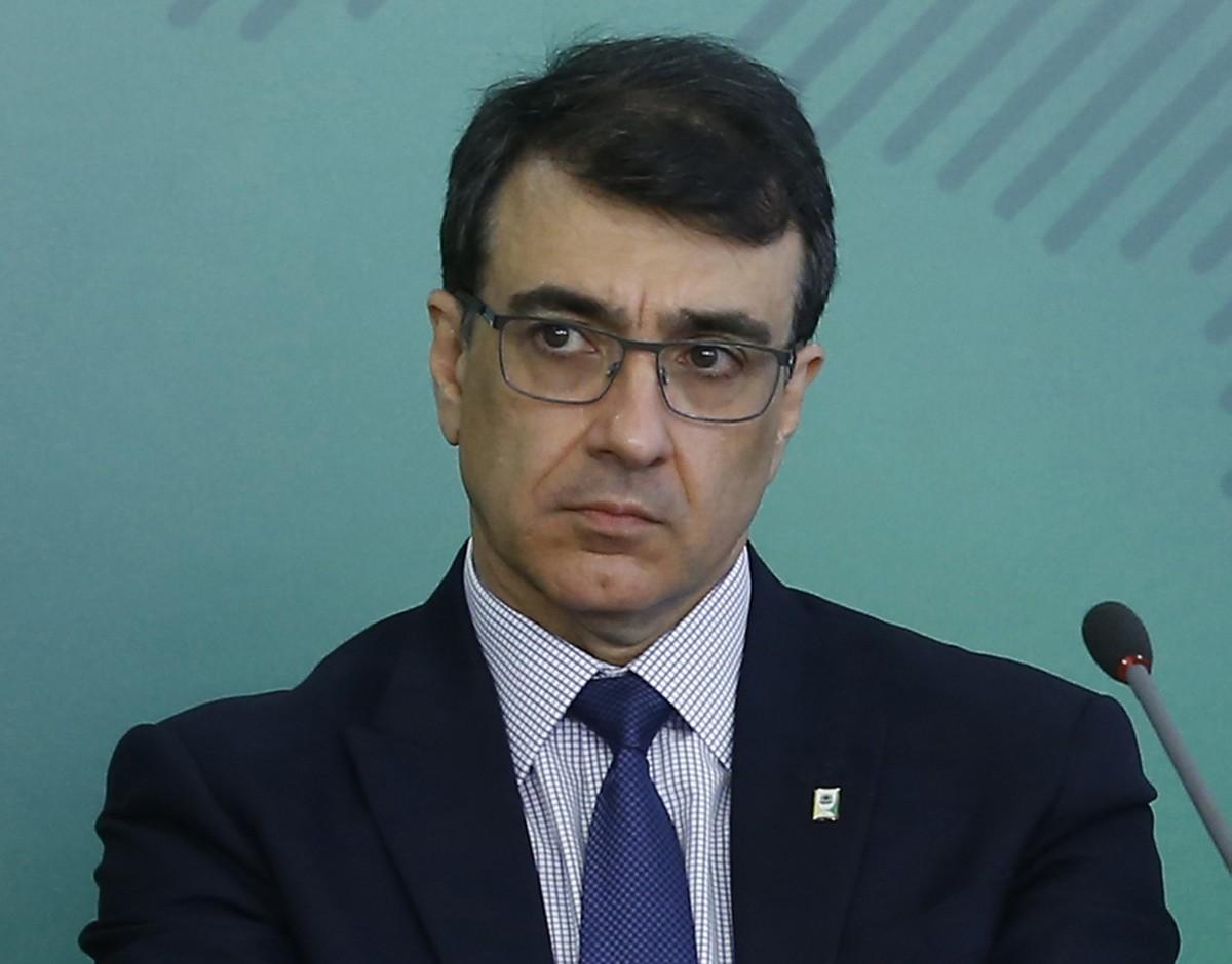 Novo chanceler de Bolsonaro promete 'diplomacia da saúde' e atuação 'sem preferências'