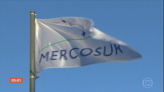 Bolsonaro viaja para a Argentina para participar da cúpula dos líderes do Mercosul