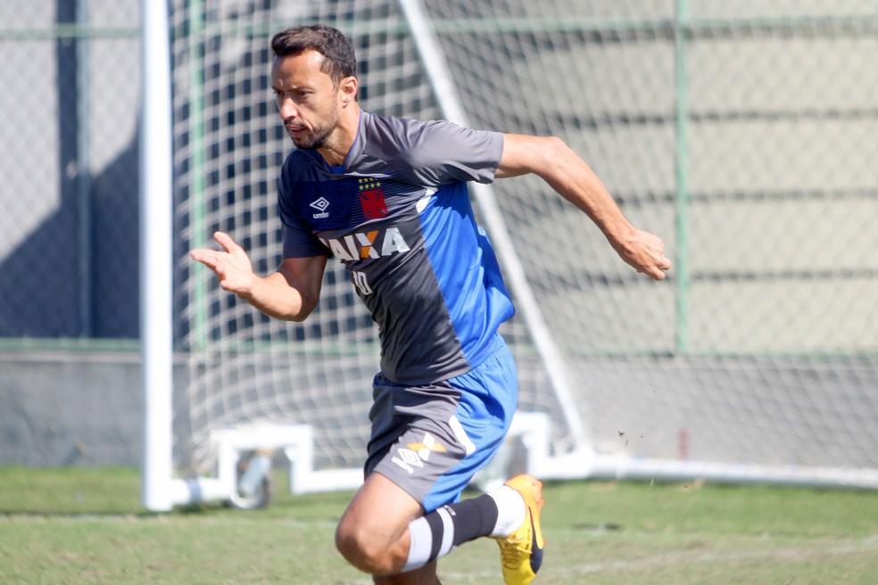 Nenê treina no Vasco: jogador segue à disposição, mas está sem moral com Milton (Foto:  Paulo Fernandes/Vasco.com.br)