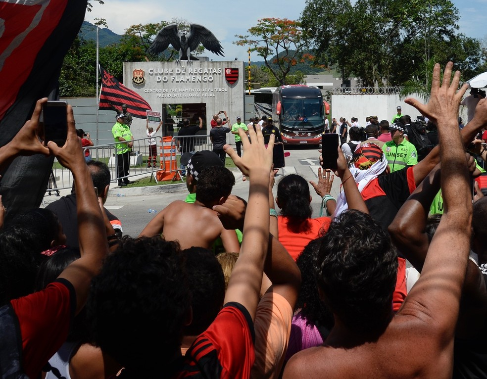 Torcida do Flamengo no Ninho — Foto: André Durão / GloboEsporte.com