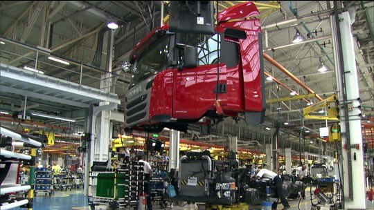Fiat Chrysler faz proposta de fusão à francesa Renault