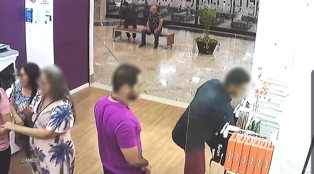 Quadrilha é presa após roubo a loja de celulares em shopping de Lorena  - Notícias - Plantão Diário