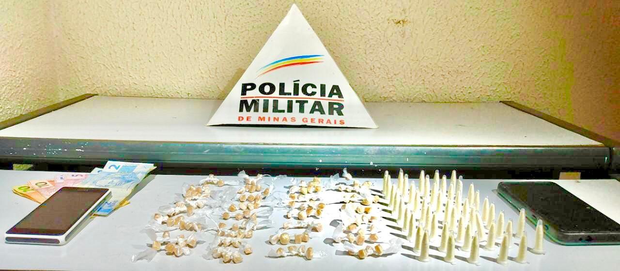 Três homens são presos com mais de 130 pedras de crack em Governador Valadares