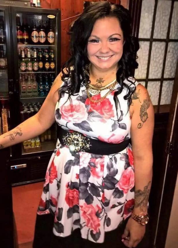 Algumas das tatuagens visíveis de Kelly