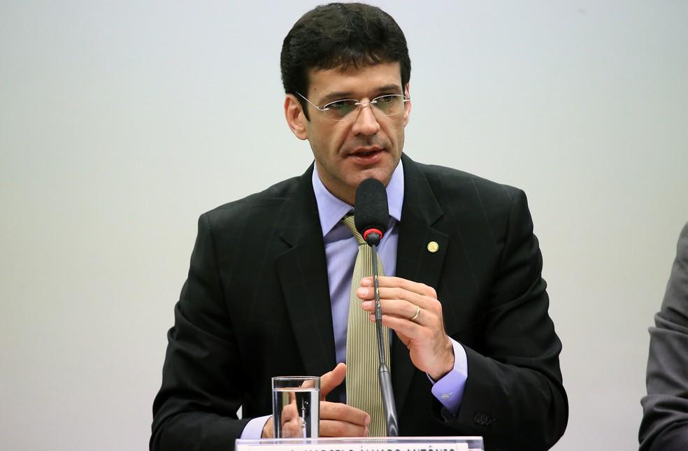O deputado federal Marcelo Álvaro Antônio (PSL-MG) durante sessão da Comissão de Meio Ambiente e Desenvolvimento Sustentável da Câmara — Foto: Alex Ferreira/Câmara dos Deputados