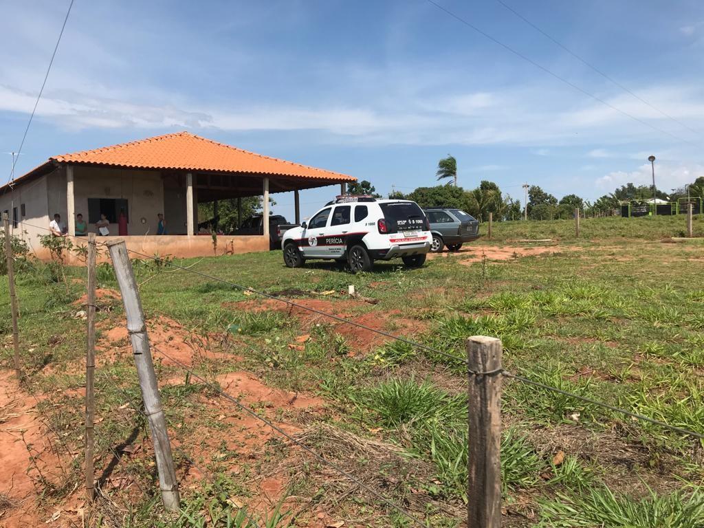 Homem e mulher são encontrados mortos na zona rural de Paraguaçu Paulista  - Radio Evangelho Gospel