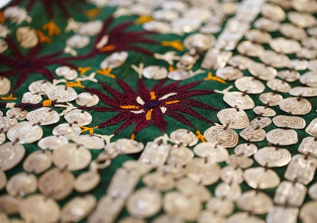 Na mostra você encontra têxteis, adornos, mobiliário e objetos variados (Foto: Divulgação)