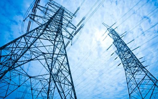 Conta de luz da indústria deve subir até 53% a partir do próximo mês