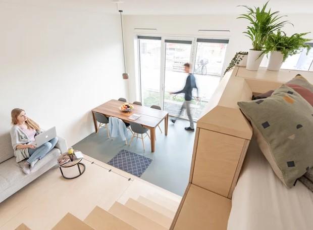 A decoração escandinava com linhas simples e pequenos detalhes torna o local mais aconchegantes (Foto: Tim Stet & Leonard Faustle/ Designboom/ Reprodução)