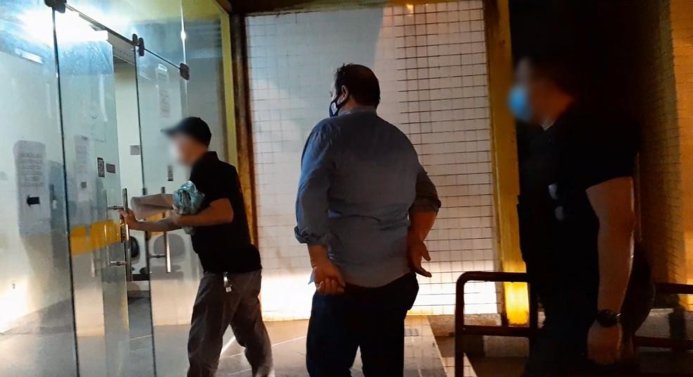 Vereador acusado de nomear empregada doméstica como assessora na Câmara é preso em São João da Barra, no RJ — Foto: Hugo Soares/Inter TV