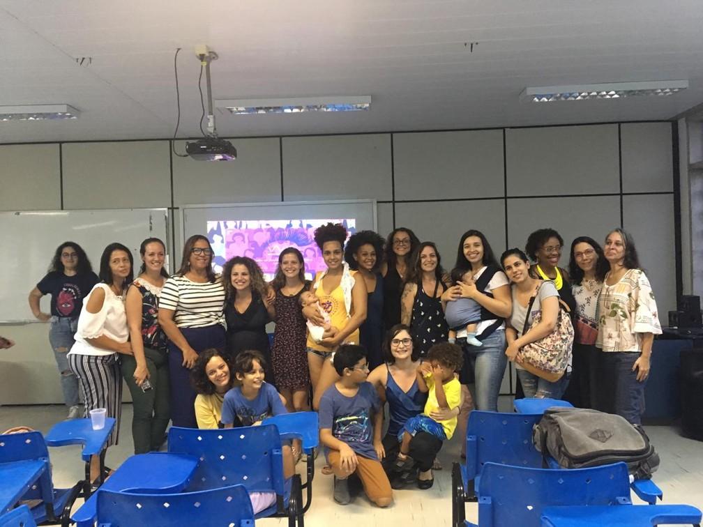 Reunião do coletivo 'Mães da UFF'. — Foto: Reprodução