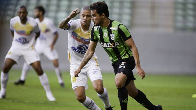 América-MG x Chape: boas chances, mas nada de gols