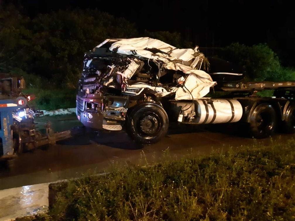Conforme a Polícia Rodoviária Federal (PRF), o caso ocorreu nas proximidades do KM-896, por volta das 21h40, na região conhecida como Curva da Tarifa. — Foto: Polícia Rodoviária Federal (PRF) / Divulgação