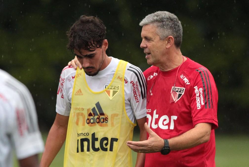 Preparador físico Alejandro Kohan , do São Paulo, trabalhou com Benítez — Foto: Reprodução/Twitter