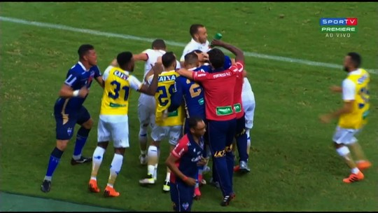 Os gols da vitória do Fortaleza sobre o Vila Nova por 2 a 0