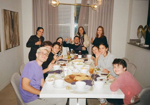 Marquezine abre álbum de viagem em família (Foto: Reprodução)