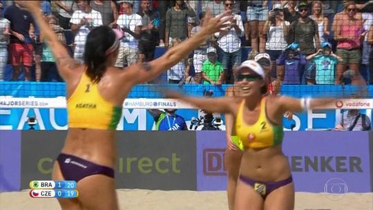 Dupla brasileira conquista o Torneio dos Campeões de vôlei de praia na Alemanha