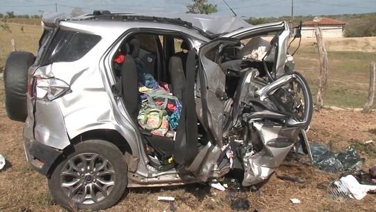 Colisão frontal entre dois carros deixa quatro mortos na Bahia; criança de 1 ano sobreviveu