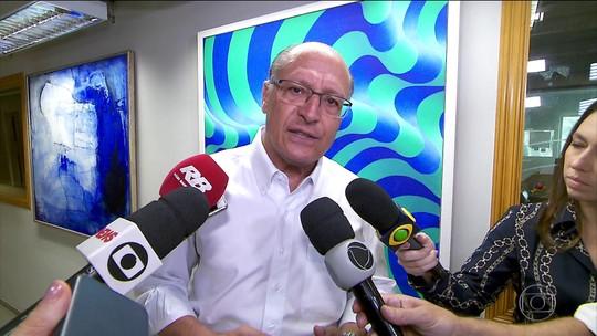 Alckmin diz que estados têm coligações 'estapafúrdias' e defende reforma política