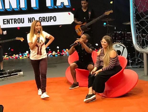 Anitta com Nego do Borel e Marília Mendonça (Foto: QUEM)