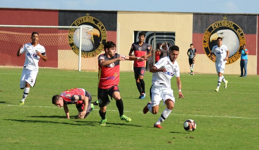 ABC e Globo FC se enfrentam primeiro no Frasqueirão, em Natal (Foto: Andrei Torres/ABC)