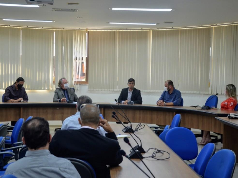 UFU apresenta consórcio responsável pela retomada da obra de ampliação do HC-UFU em Uberlândia — Foto: Alexandre Costa/Dirco/UFU