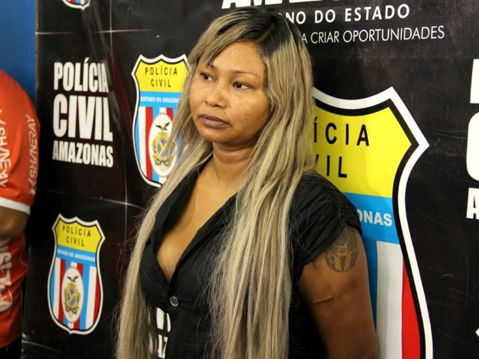 Luciana Ferreira da Silva foi presa suspeita de homicídio (Foto: Adneison Severiano/G1 AM)