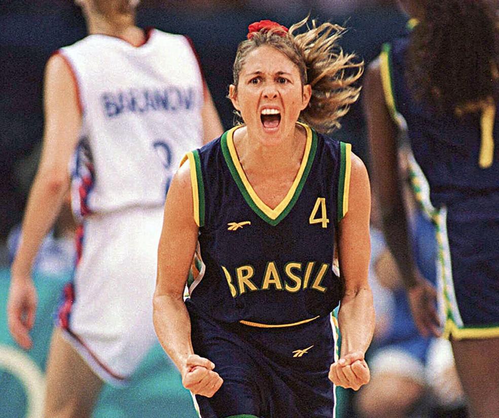 Hortência foi campeã mundial em 1994 e prata nas Olimpíadas de Atlanta 1996 — Foto: Divulgação / CBB