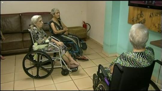 Campanha busca conseguir visitas e presentes para idosos em abrigos de Anápolis