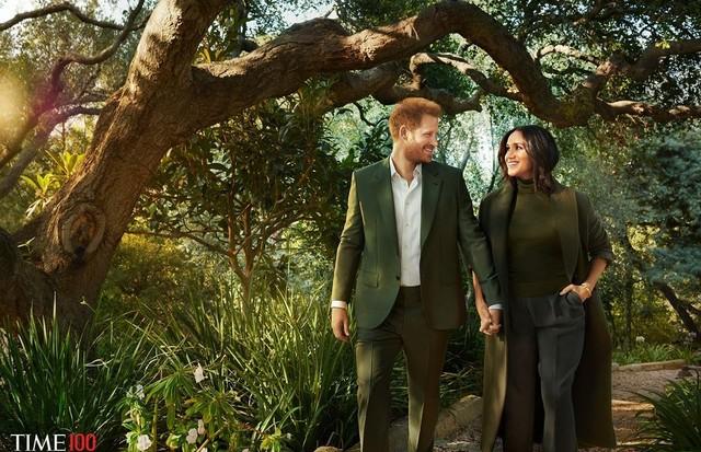 Príncipe Harry e Meghan Markle posam juntos para uma revista pela primeira vez  (Foto: Reprodução/ Pari Dukovic para TIME)