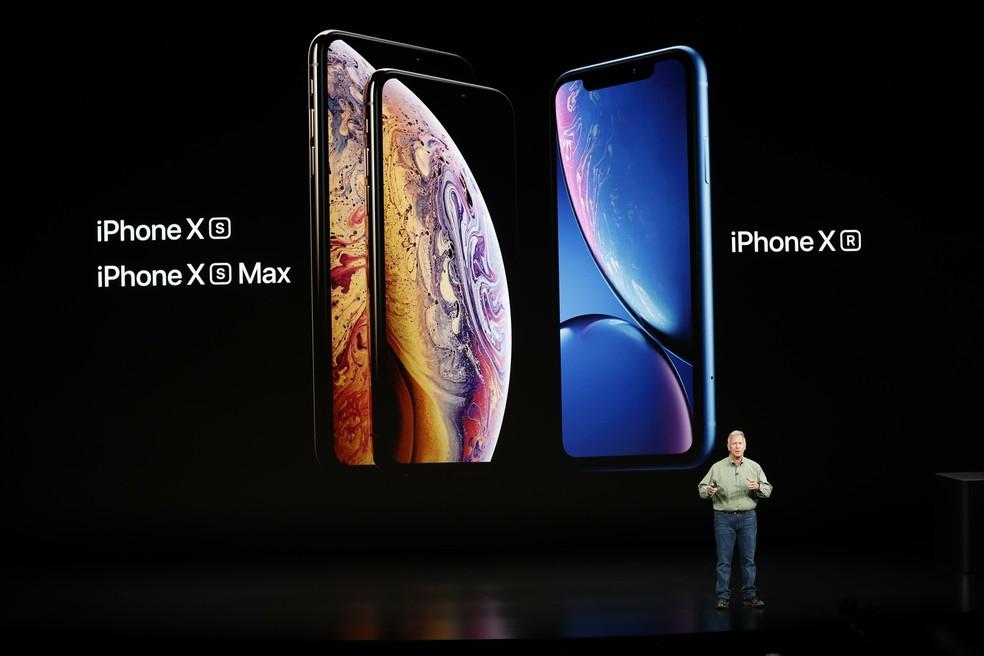 O custo das peças do iPhone XS Max de 64GB, lançado em setembro do ano passado, é de aproximadamente US$ 392,50 — Foto: REUTERS/Stephen Lam