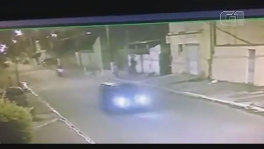 Motociclista que atropelou menino de 5 anos fugiu por não ter CNH