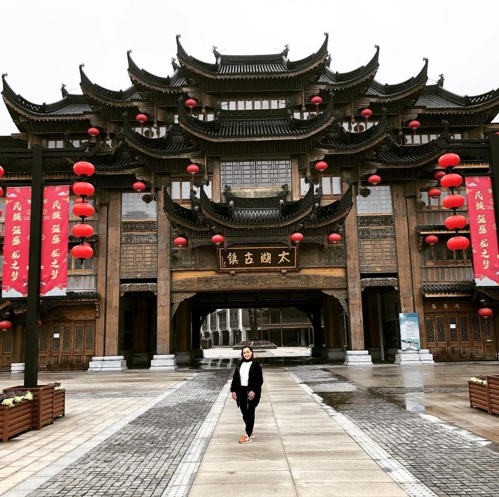 Friburguense Gabrielly Costa foi para a China trabalhar como professora de ballet — Foto: Gabrielly Costa/arquivo pessoal