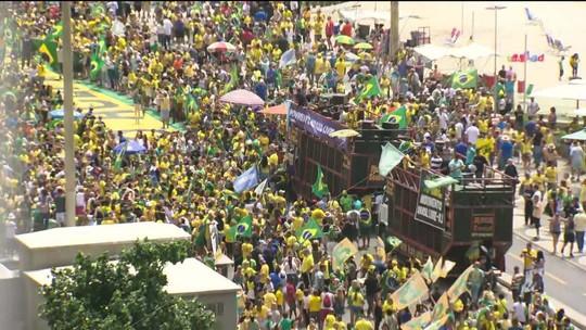 Manifestantes fazem atos a favor de Jair Bolsonaro