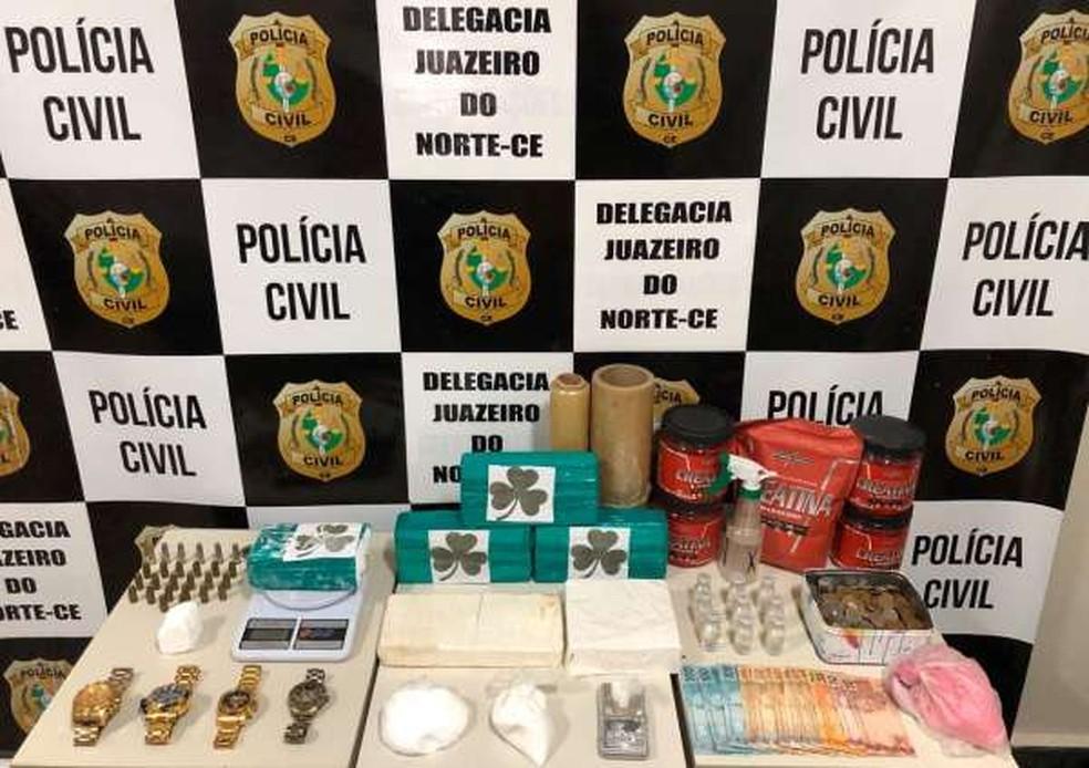 Polícia prende dois paulistas e desarticula laboratório de drogas em casa de luxo em Juazeiro do Norte. — Foto: SSPDS/ Divulgação