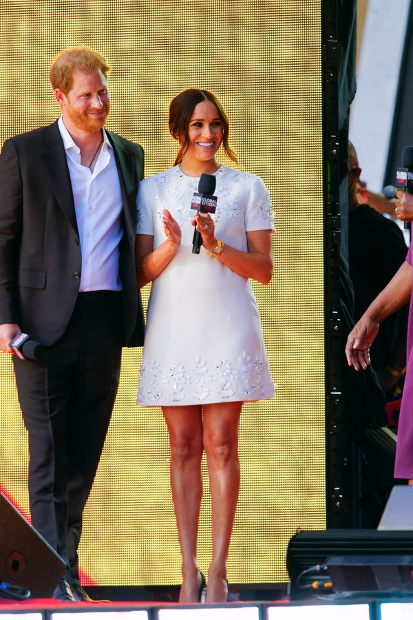 NEW YORK, NEW YORK - SEPTEMBER 25: Prince Harry and Meghan Markle speak on stage at Global Citizen Live: New York on September 25, 2021 in New York City. (Photo by Gotham/WireImage) (Foto: WireImage)