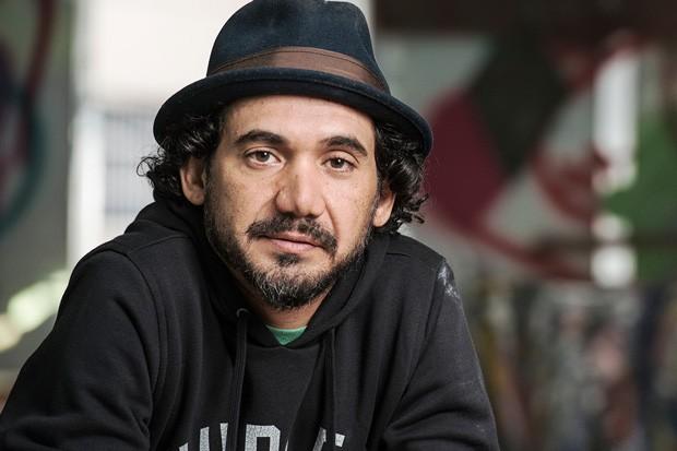 Eduardo Kobra em seu ateliê, na Vila Madalena (Foto: Getty Images)
