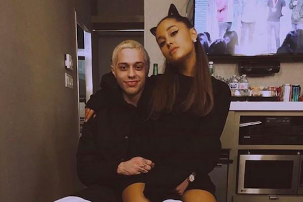 A cantora Ariana Grande e o comediante Pete Davidson (Foto: Instagram)