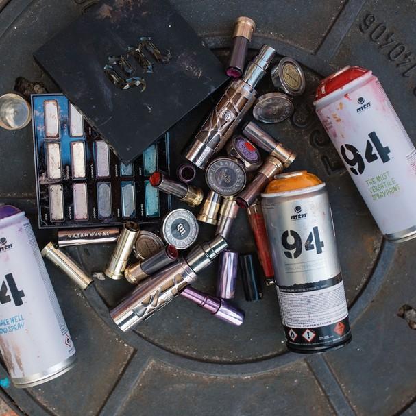 mais de 3 kg de maquiagem foram usados no desenho (Foto: Divulgação)