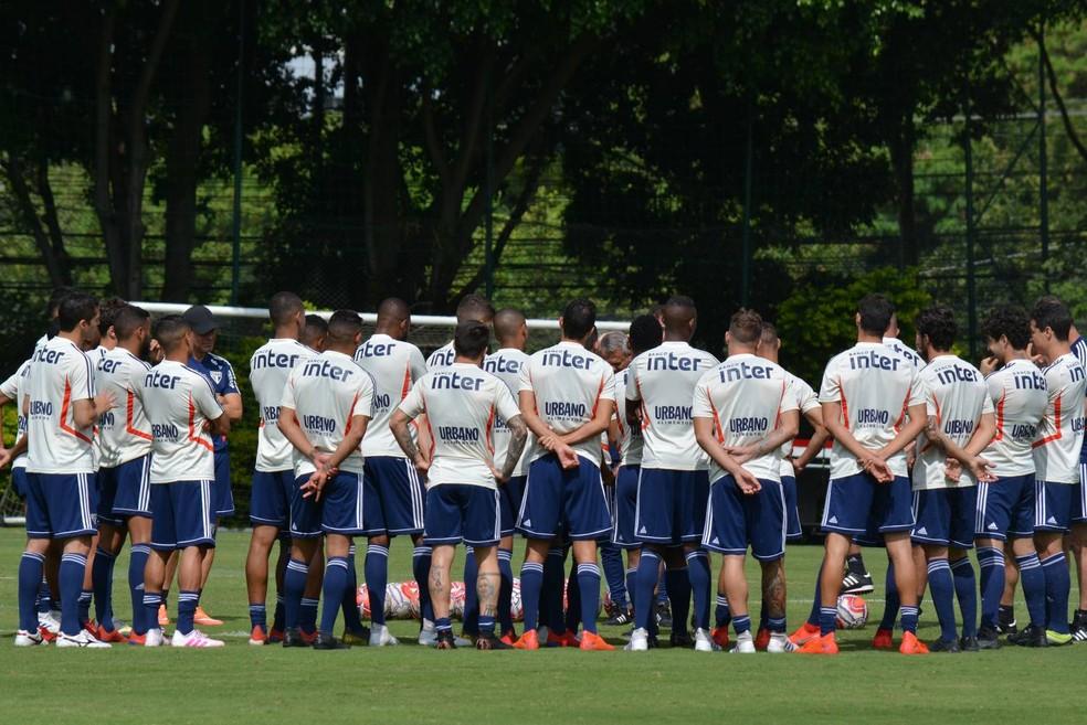 Elenco do São Paulo volta aos treinos nesta segunda-feira — Foto: Érico Leonan / saopaulofc.net