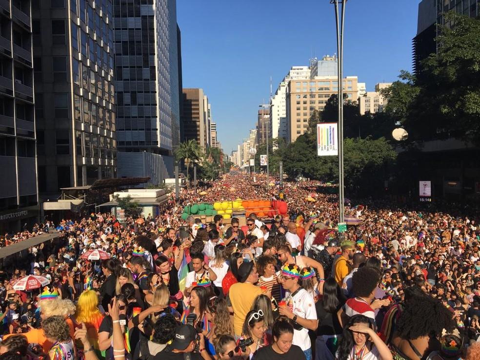 Avenida Paulista fica lotada em Parada LGBT — Foto: Marina Pinhoni/G1