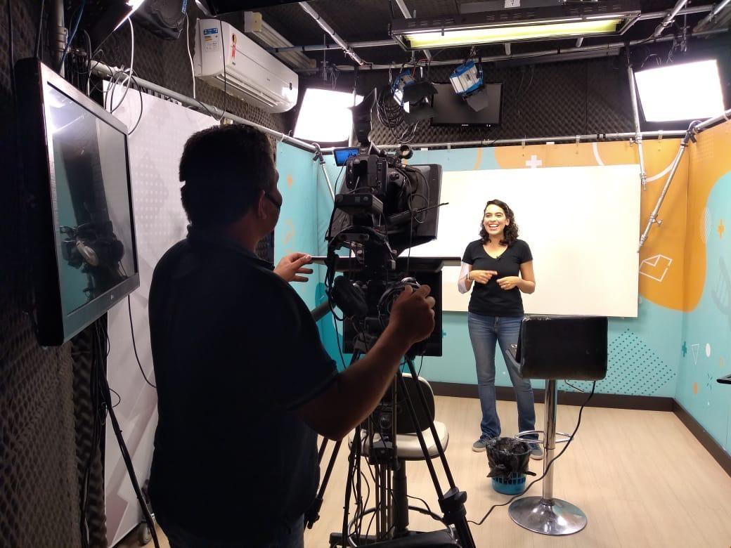 Aulas do ensino fundamental de João Pessoa começam a ser transmitidas pela TV Câmara