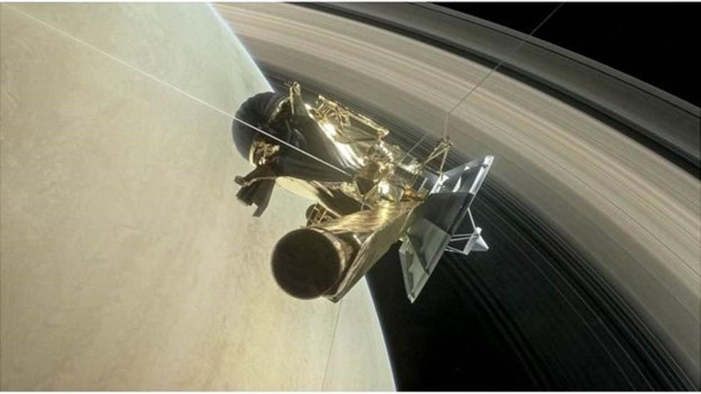 Durante seu último mergulho em Saturno, a Cassini ainda conseguiu enviar imagens para a Terra (Foto: NASA/JPL-CALTECH)