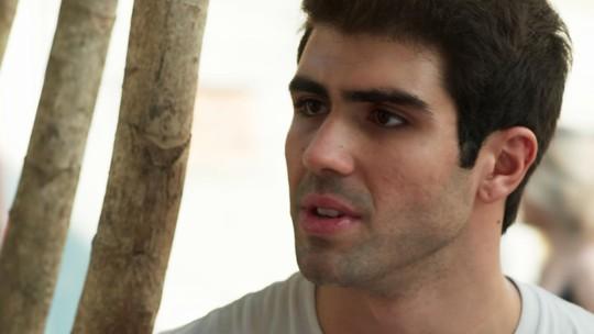 Rômulo tenta voltar, mas Nanda pega pesado: 'Ainda tô com nojo e raiva de você'