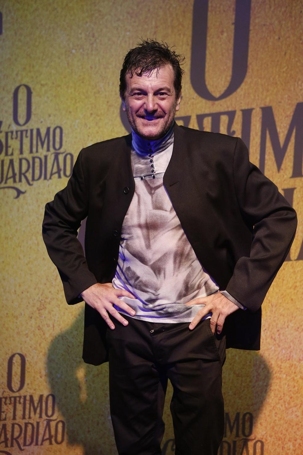 Roberto Birindelli será Tobias, dono de um bar e casado com Clodilde (Adriana Lessa) — Foto: Fabiano Battaglin/Gshow