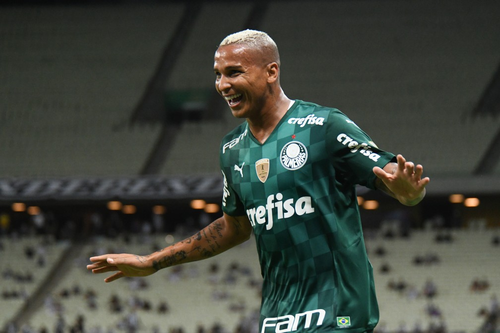 Após quatro meses, Deyverson volta a marcar pelo Palmeiras, e Abel exalta importância de reservas